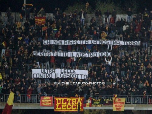 Tifosi del Lecce contro gasdotto TAP