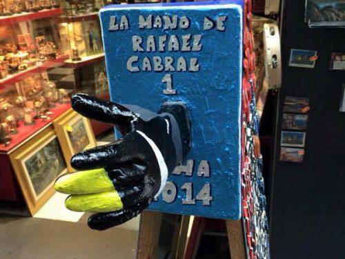 Napoli: dopo la mano di Dios ecco la mano di Rafael